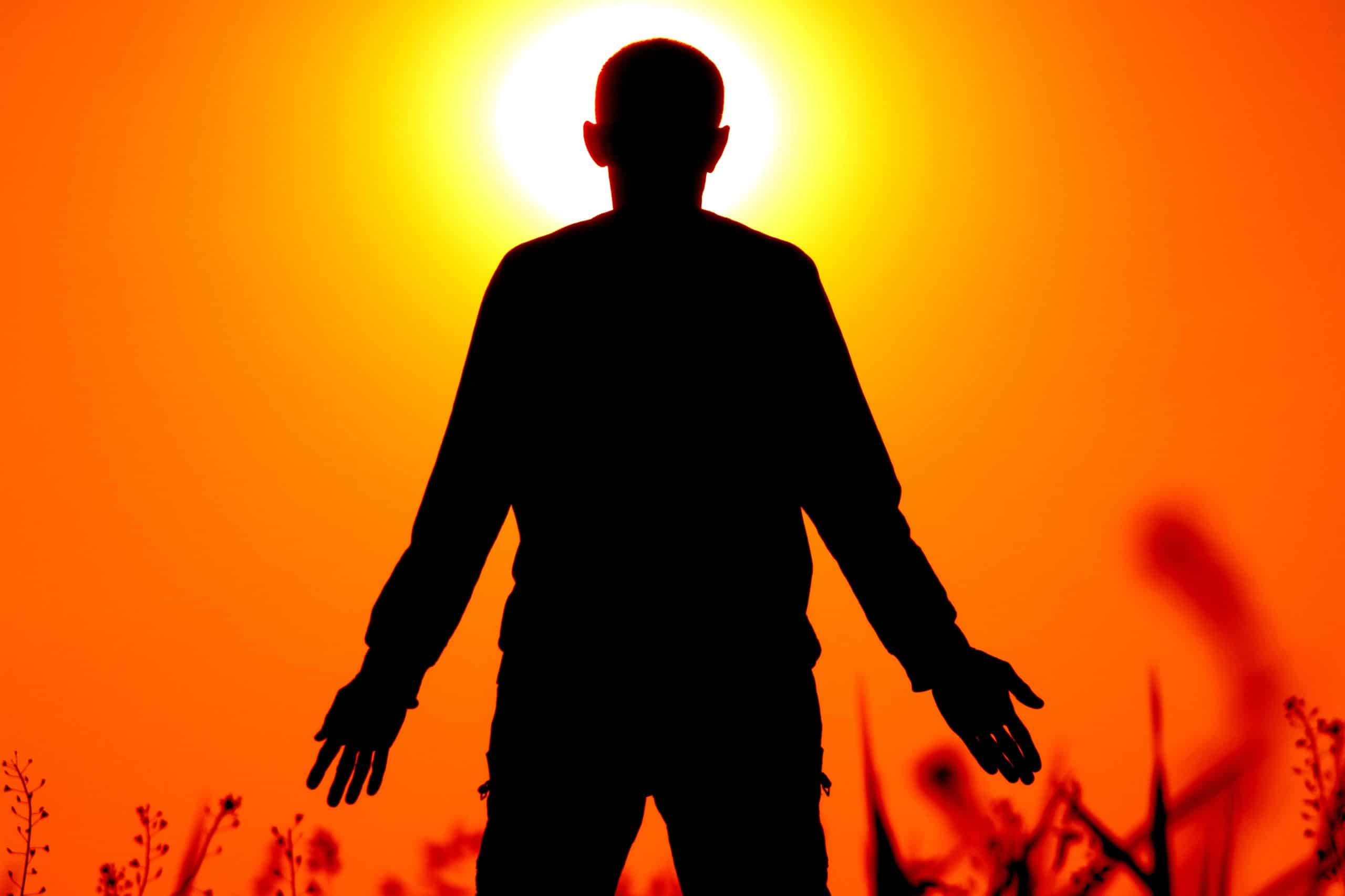 outdoor-silhouette-person-blur-people-sun-636163-pxhere.com_